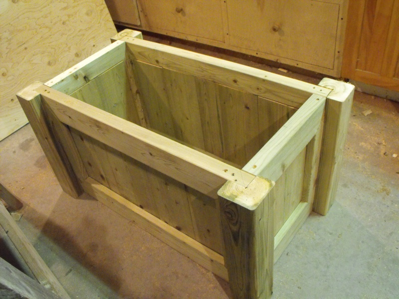 Planter box woodworking project.