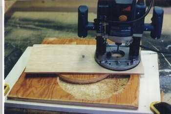 Wooden column router jig