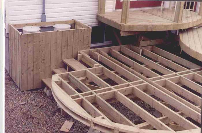 Building a round deck