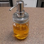 Mason jar soap dispenser