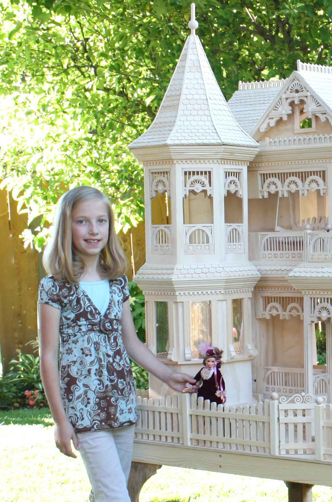 Giant doll house plans for Plan victorian dollhouse