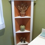 Corner shelf unit
