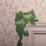 Corner Critter frogs