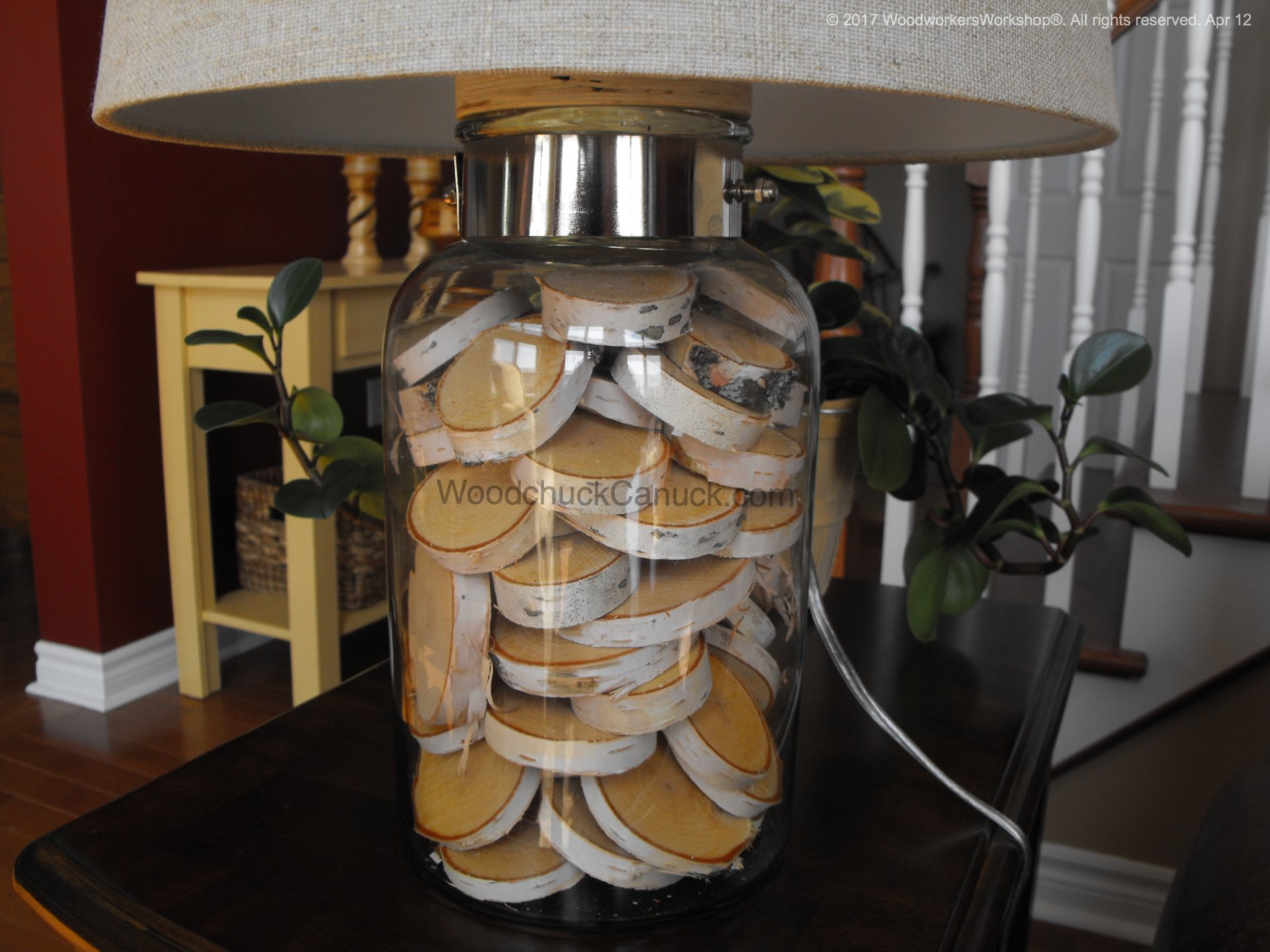 Decorative use of birch slices