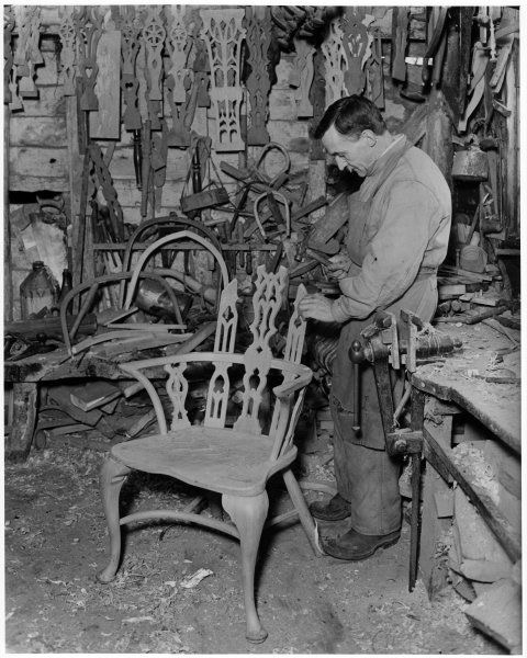 Carpenter windsor chair making