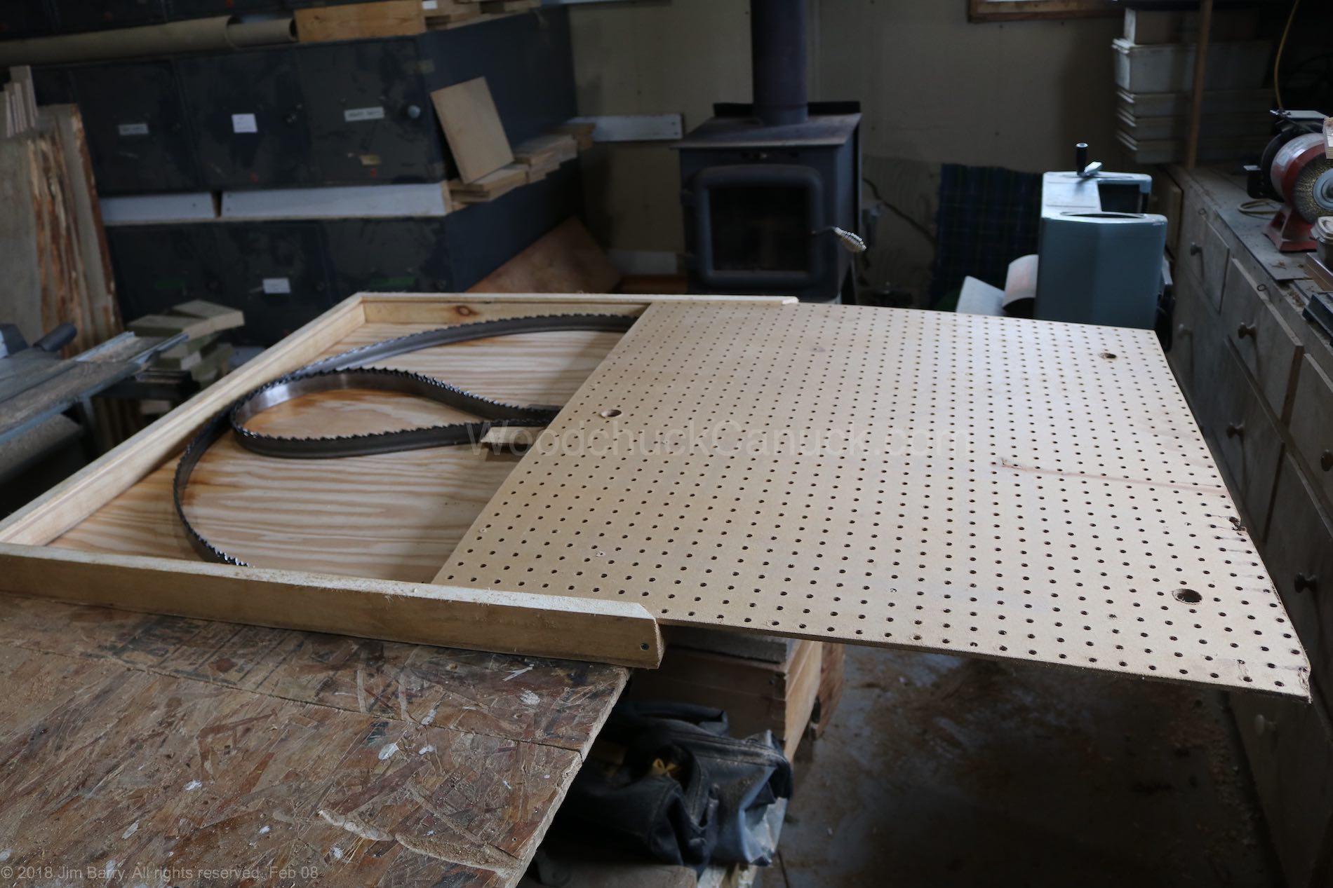 Ten blades per box.