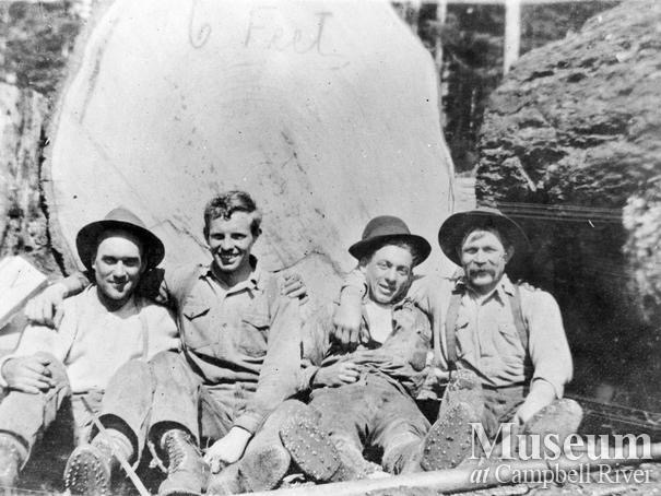 6ft diameter Bendickson Logging crew members