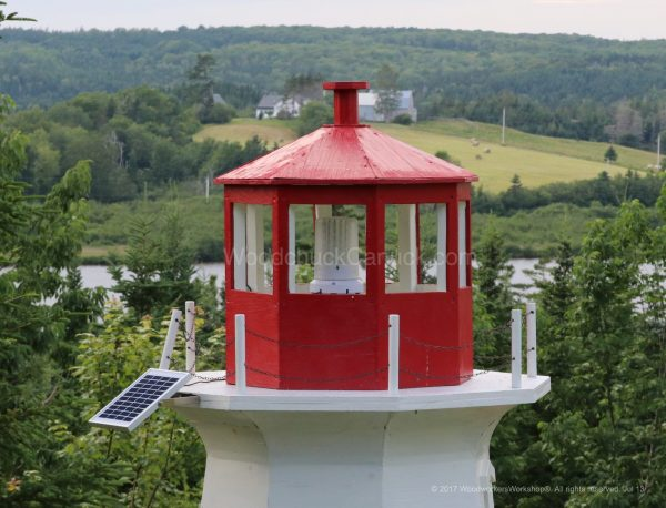 revolving lights,rotating lights,lighthouse light beacons,LED Solar Powered Light Beacon with USB Charger