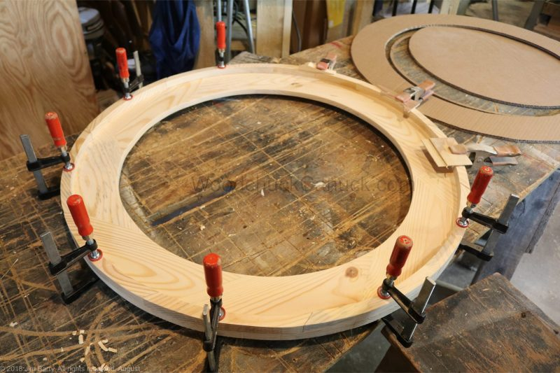 DIY round wooden mirror frame