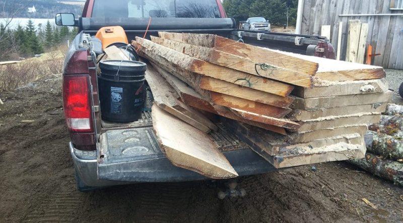saw milling birch live edge lumber in Antigonish County, Nova Scotia, Guysborough County, Pictou County, Richmond Couty