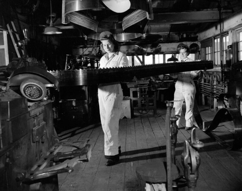 band saw mill, creative commons, lumber jill, machinery, saw filing, WTC, Women's Timber Corp.