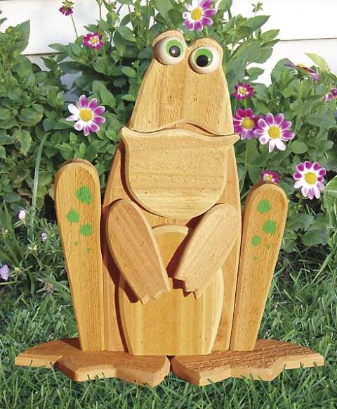 Garden Lookout Frog Woodworking Plan