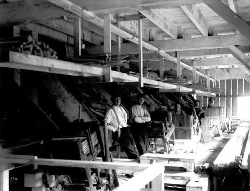 1913 Index Galena Co. mill interior.