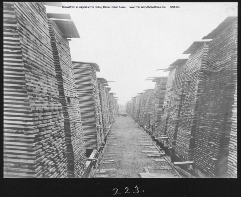 1907 Southern Pine Lumber Co. stacks and stacks of lumber.