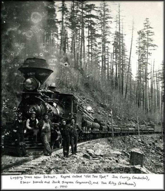 1900 Logging train near Detroit