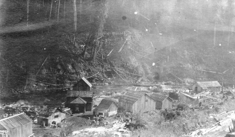 1910 Coquitlam Dam, showing the original camp
