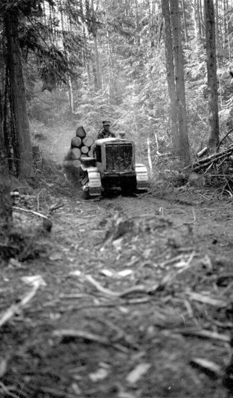 1937 Tractor yarding logs.