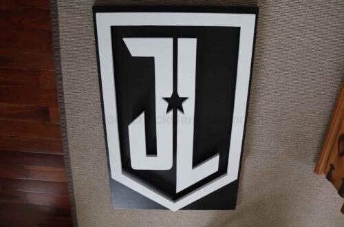 justice league logo,scroll saw,painting,wood logo,diy,