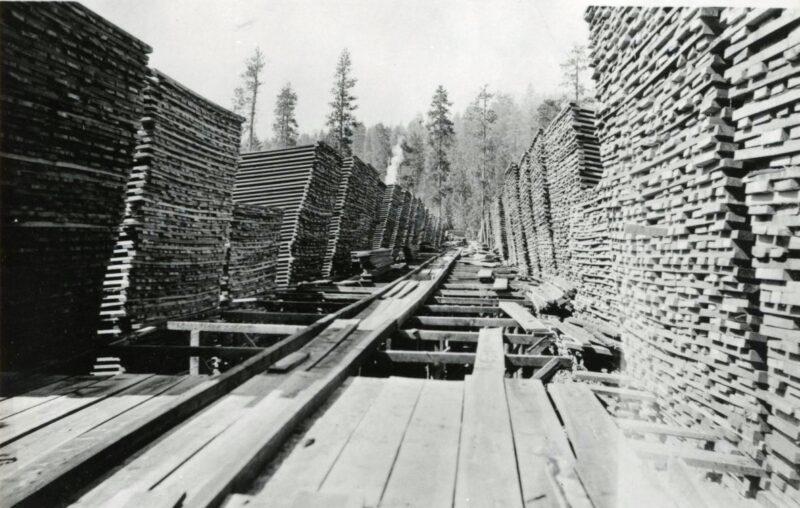 1912 Lumberyard at RW Tower Sawmill, Keno, Oregon