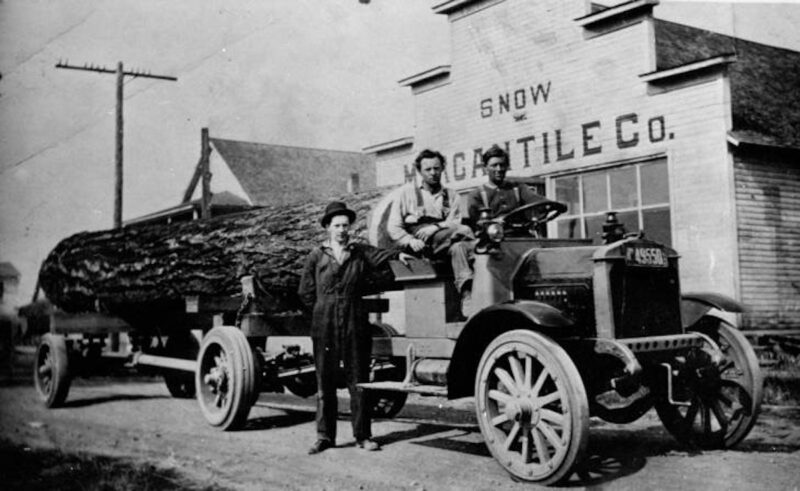 1917 Fageol log truck.