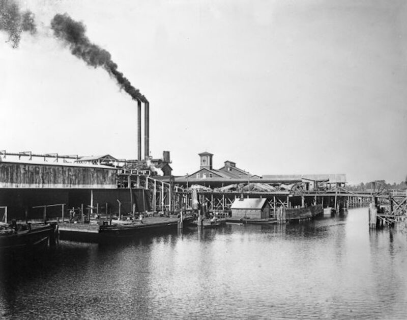1930 Bagdad Land and Lumber Company. Mill closed in 1939.
